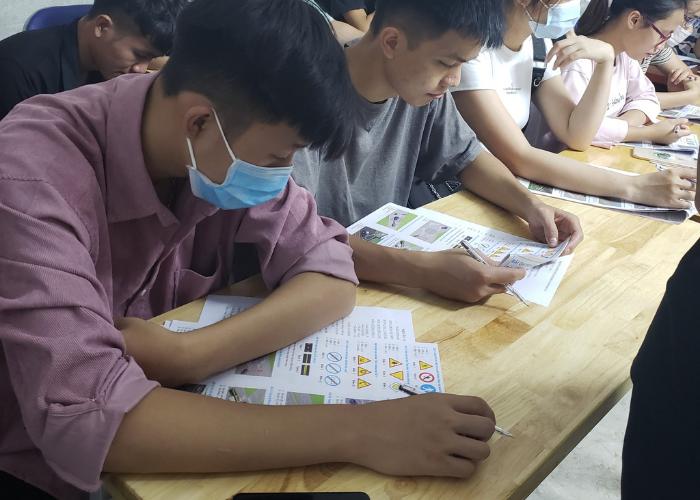 Lớp ôn thi lý thuyết thi bằng lái xe máy quận Thanh Xuân