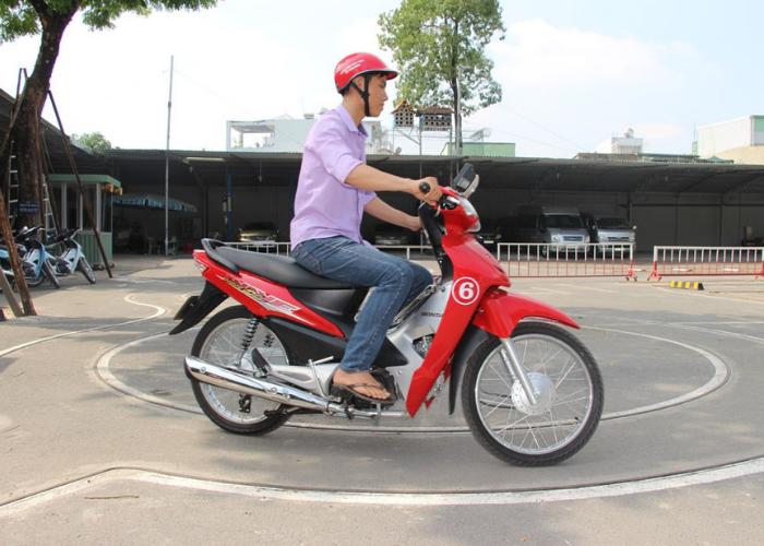 hướng dẫn cách thi bằng lái xe máy